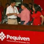 Comandante Arias Cárdenas saluda a personal de Pequiven