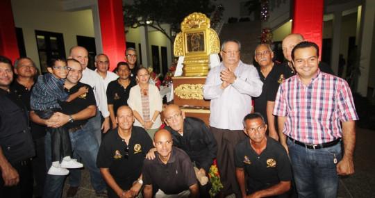 16 11 2017 EM Encendido de la Navidad en el Parlamento y visita de la Santa Patrona N,S del  Rosario (11)